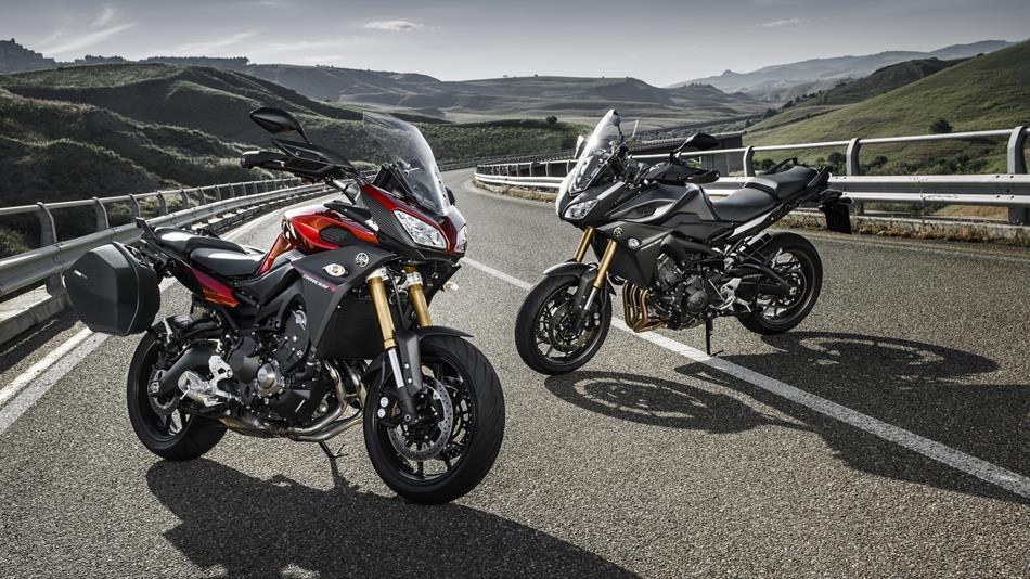 2015-Yamaha-MT09-Tracer-EU-Lava-Red-Static-004